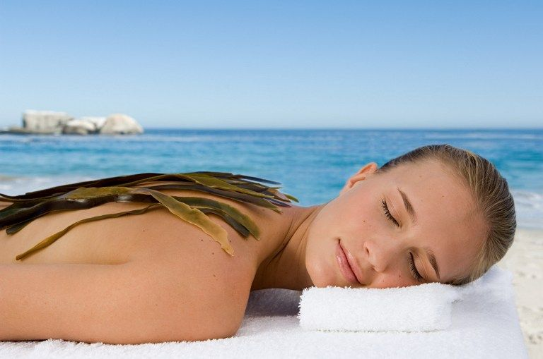 Offerta TRATTAMENTI ESTETICI - occasione massaggi dimagranti  CORPO SNELLO