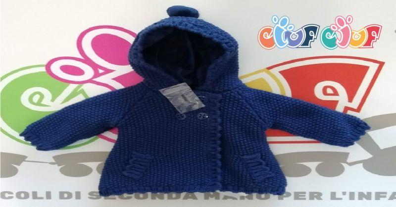 offerta vendita cappotto bimba usato 2 a 4 mesi - occasione cappottino in maglia bambina Verona
