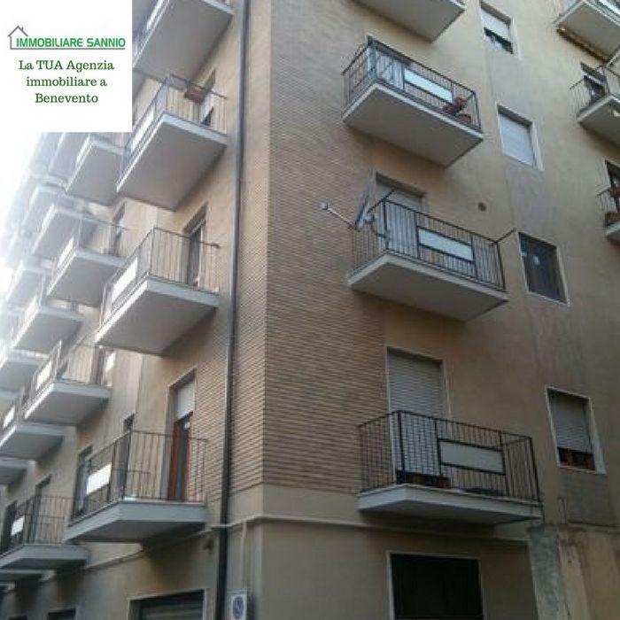 agenzia Immobiliare Sannio propone in vendita appartamento zona Stazione.