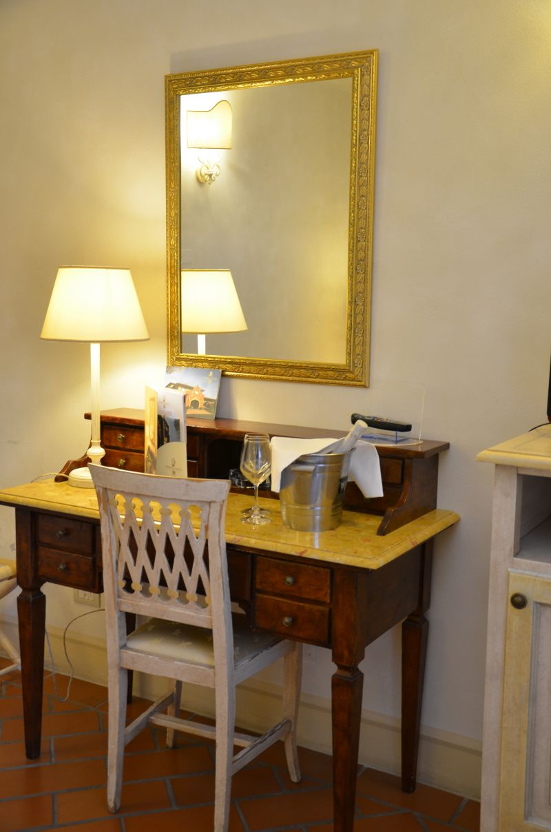 Hotel Il poeta offerta Camera doppia uso singolo Provincia di Pisa-Occasione camera business Pi