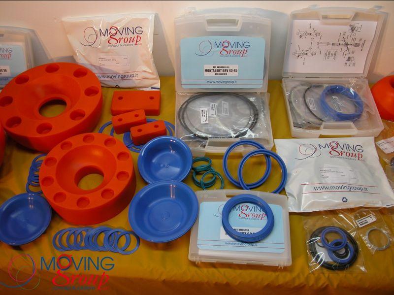 MOVINGROUP Offerta ricambi per martelli idraulici - seal kit ammortizzatori membrane made Italy