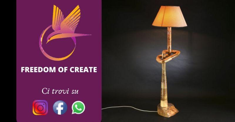 Promozione vendita lampada da terra in legno - offerta piantane design in legno naturale Torino
